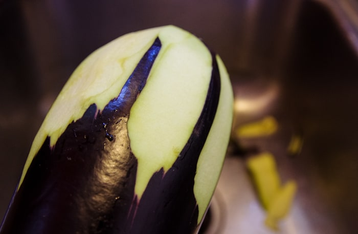 how to peel eggplant