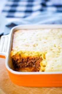 jiffy cornbread casserole with hamburger in baking pan
