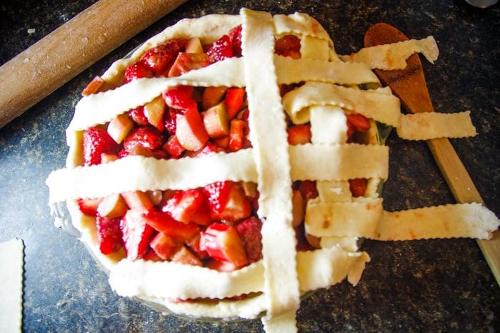 lattice pie dough pattern