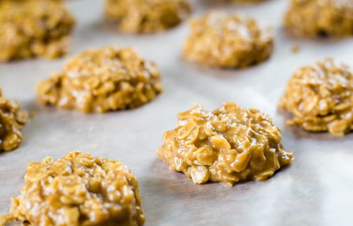 no bake oatmeal cookies on wax paper
