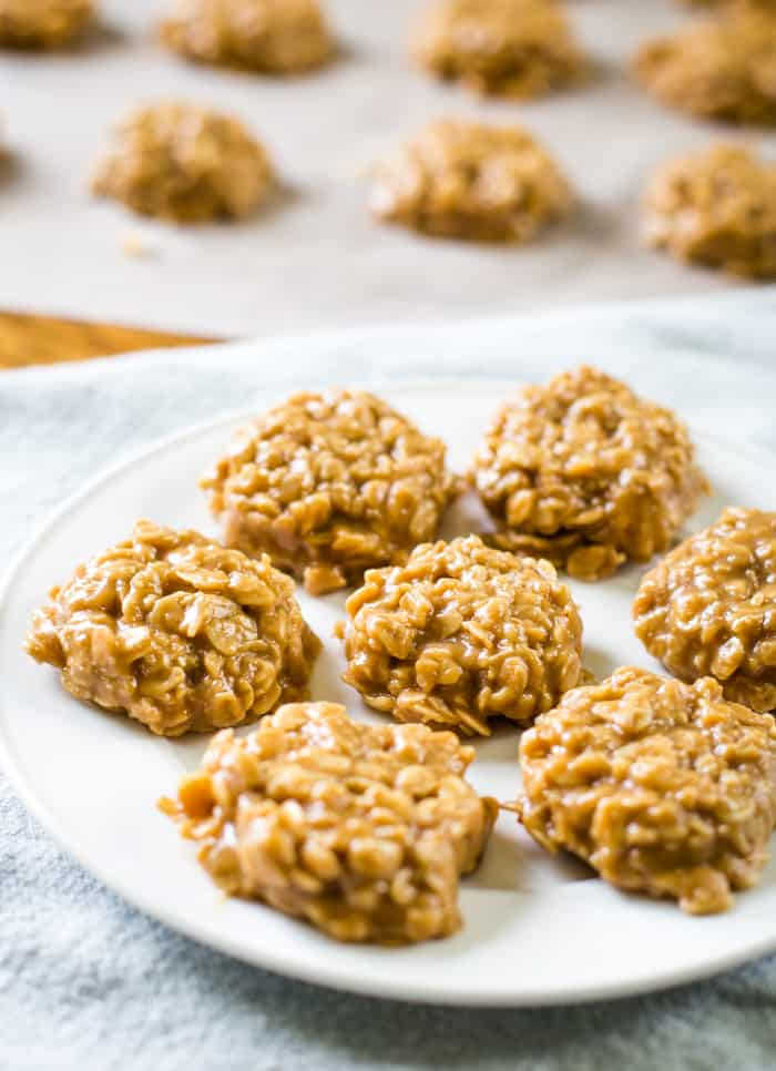 no bake oatmeal cookies with peanut butter on plate