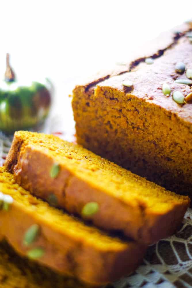 pumpkin bread slices