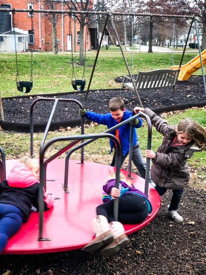 outside kids playing