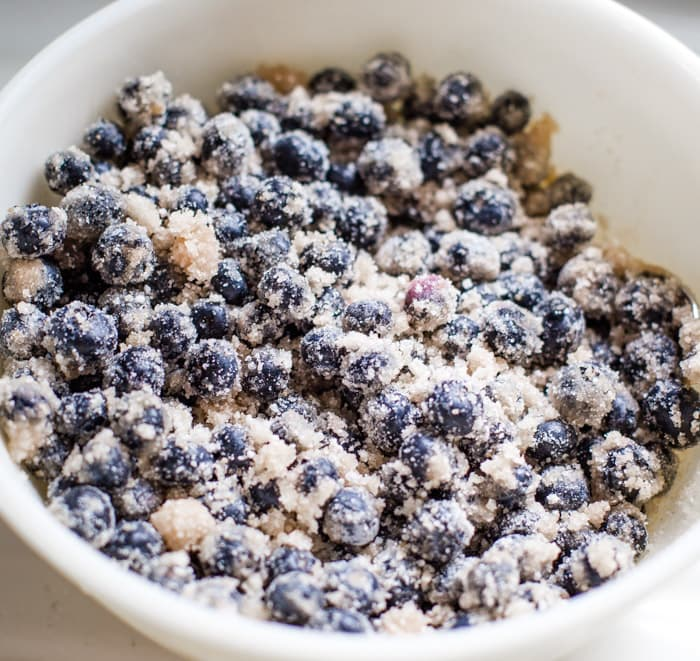blueberry pie filling ingredients in bowl
