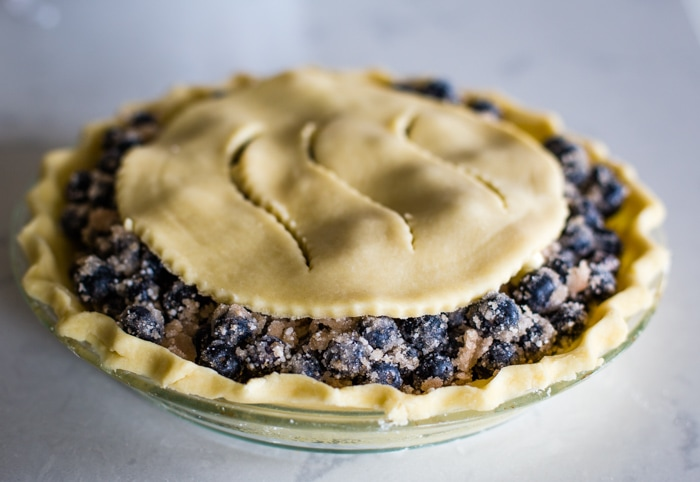 blueberry pie before baking