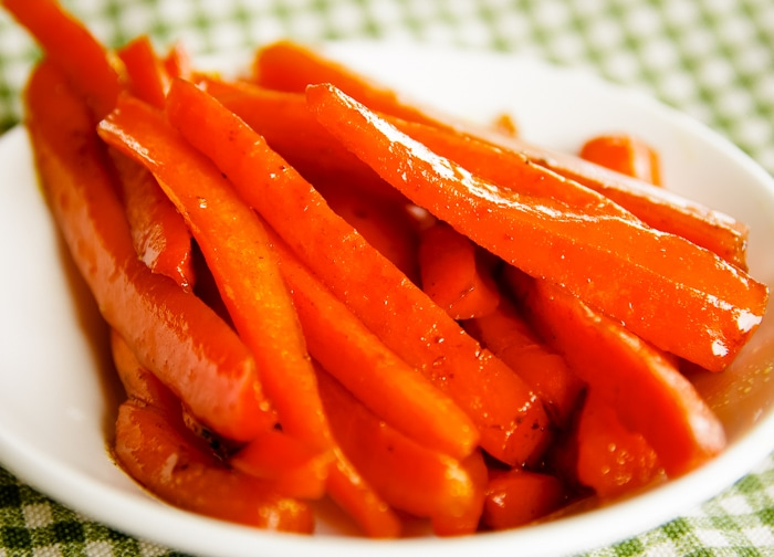 roasted carrots in bowl