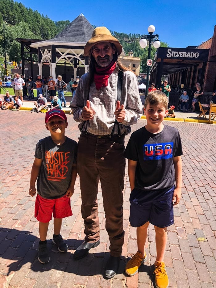 boys with Deadwood character