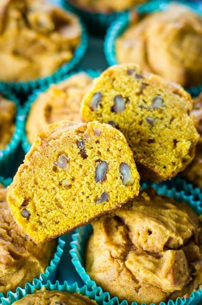 inside of pumpkin spice muffins