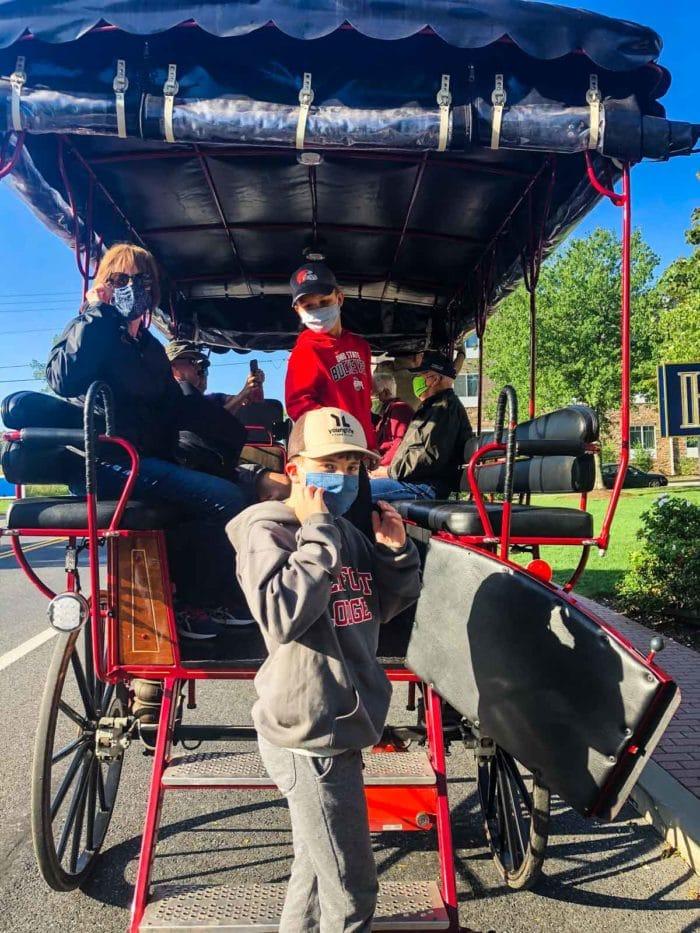 Tour Carriage